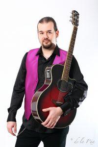 Diego Alvarez Guitarra Electrica y Acustica